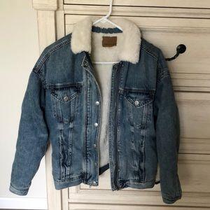 American Eagle Outfitters Jackets & Coats - American Eagle faux fur jean jacket